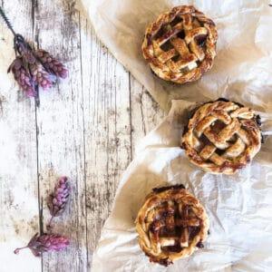 Learn how to make beautiful mini apple pies