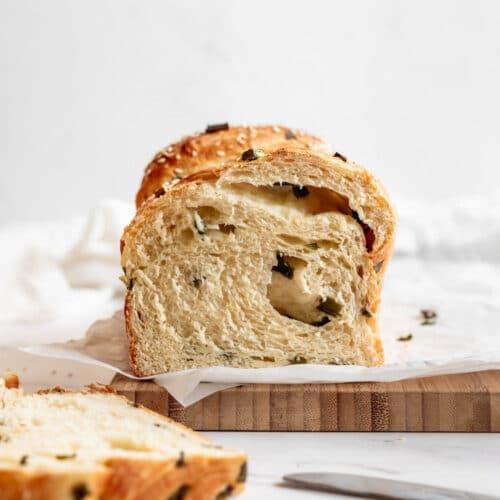 scallion milk bread