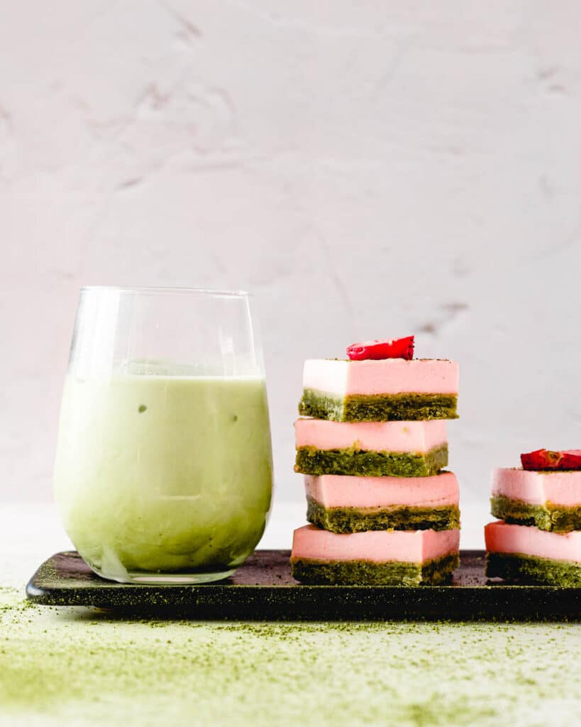 matcha strawberry bars with matcha latte