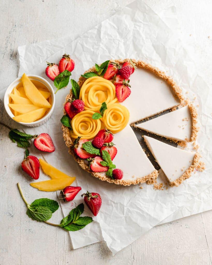 no bake coconut tart with mango and strawberry